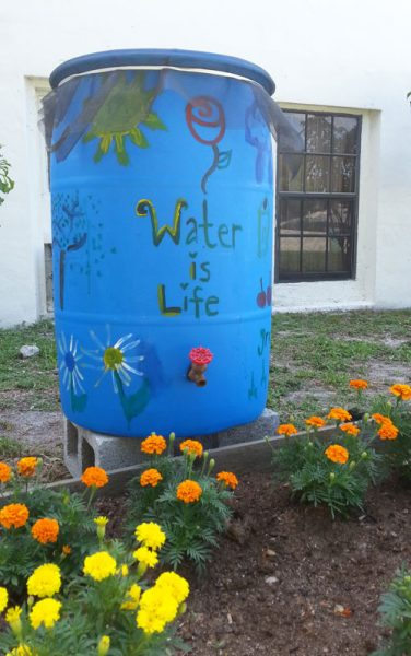Completed rain barrel
